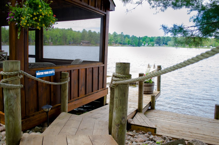 Haliburton cottage rental on South Lake, near Minden