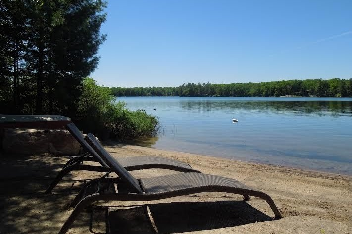 Cottage Rental With Sandy Beach Near Parry Sound