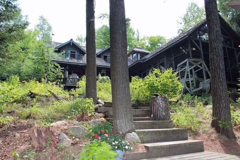 weslemekoon lake cottage rental bancroft ontario rh clrm ca Barton Springs Austin TX weslemkoon lake cabin rental