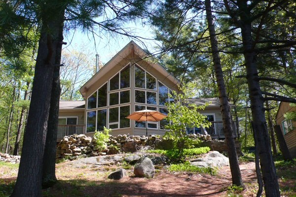 cottage for rent on six mile lake ontario rh clrm ca lake cottages for rent nh lake cottages for rent in michigan