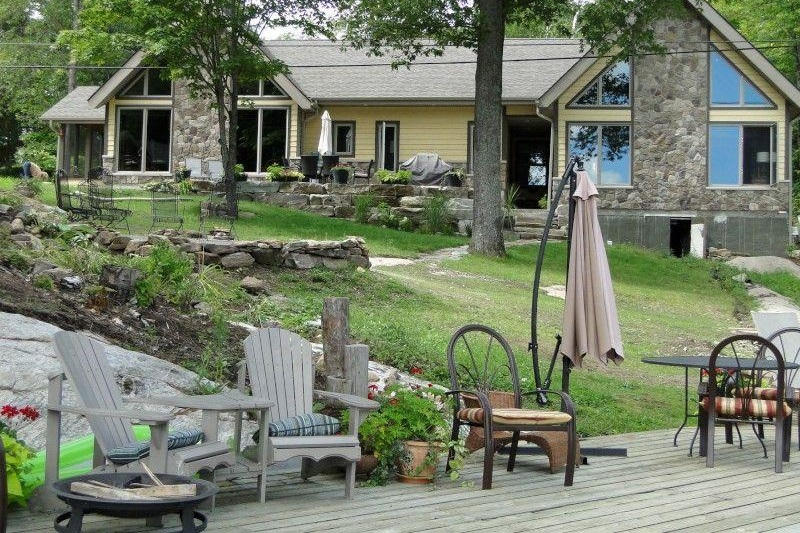 Luxury Severn River Cottage Rental Near Coldwater Ontario